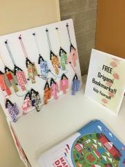 折り紙で作った姉様人形の栞は毎年人気です。